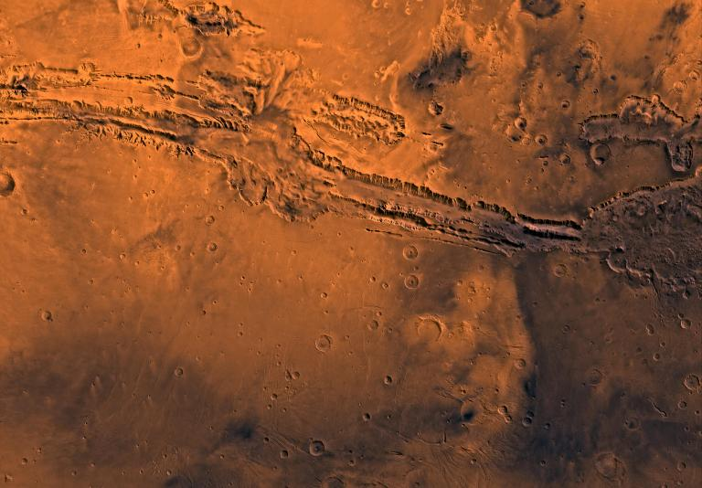 Valles_Marineris_PIA00178